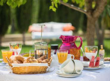 colazione-in-giardino
